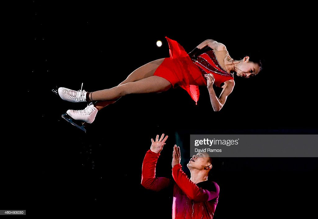 Cheng Peng and Hao Zhang of China perform during day four of the ISU Grand Prix of Figure Skating Final 2014/2015 at Barcelona International Convention Centre on December 14, 2014 in Barcelona, Spain.