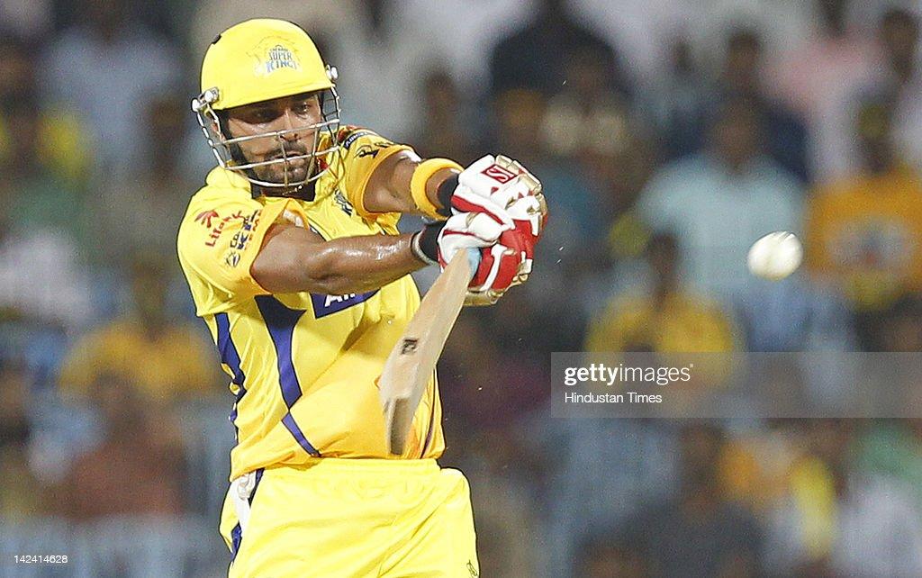 Chennai Super King batsman Murli Vijay plays a shot during inaugural cricket match of Indian Premier League 2012 played between Mumbai Indians And Chennai Super Kings on April 4, 2012 in Chennai, India.