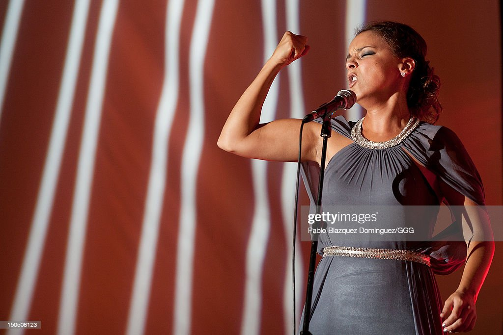 Chenoa performs live on stage during the Global Gift Gala held to raise benefits for Cesare Scariolo Foundation and Eva Longoria Foundation on August 19, 2012 in Marbella, Spain.