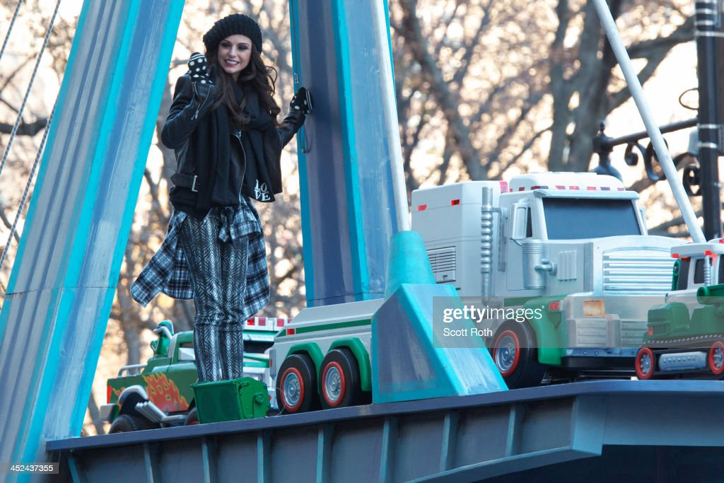 <a gi-track='captionPersonalityLinkClicked' href=/galleries/search?phrase=Cher+Lloyd&family=editorial&specificpeople=7229738 ng-click='$event.stopPropagation()'>Cher Lloyd</a> attends the 87th annual Macy's Thanksgiving Day parade on November 28, 2013 in New York City.
