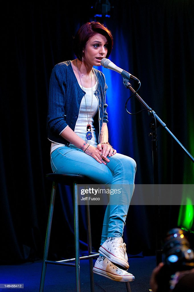 Cher Lloyd performs at the Q102 - SNOL iHeart Performance Theater on June 16, 2012 in Bala Cynwyd, Pennsylvania.