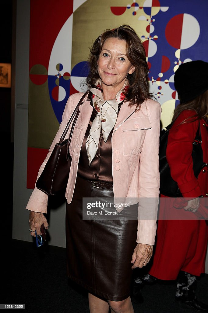 <a gi-track='captionPersonalityLinkClicked' href=/galleries/search?phrase=Cherie+Lunghi&family=editorial&specificpeople=216213 ng-click='$event.stopPropagation()'>Cherie Lunghi</a> attends a private preview of the PAD London 2012 Pavilion of Design in Berkeley Square Gardens on October 9, 2012 in London, England.