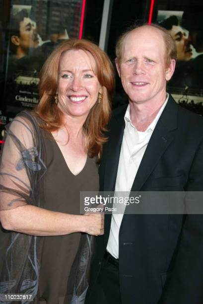 Cheryl Howard Crew and Ron Howard during 'Cinderella Man' New York City Premiere Outside Arrivals at Loews Lincoln Square Theatre in New York City...