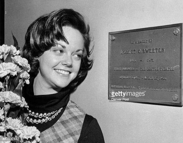 Cheryl Sweeten Smith Admires Plaque Dedicated To Her Father Former Miss Colorado Cheryl Sweeten Smith attended ceremonies Tuesday at the Centre...