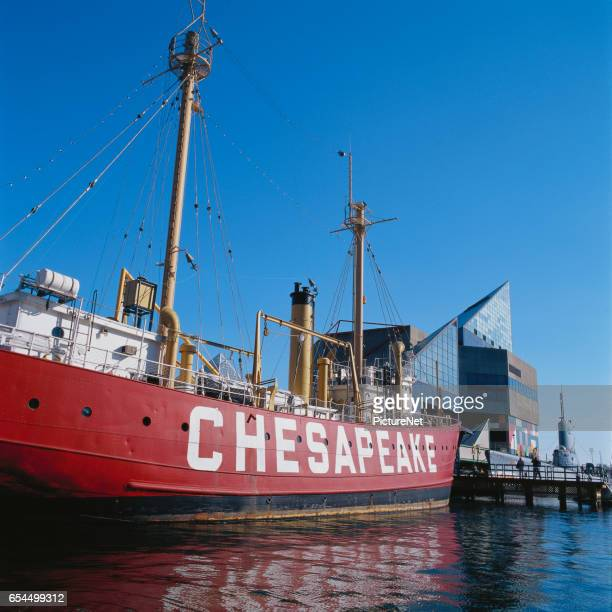 'Chesapeake' Cutter and National Aquarium