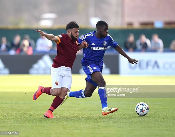Chesea's Jeremie Boga and Roma's Daniele Verde in action