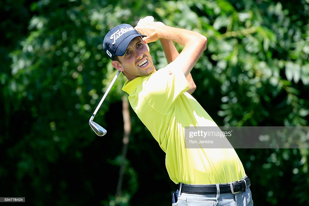 <a gi-track='captionPersonalityLinkClicked' href=/galleries/search?phrase=Chesson+Hadley&family=editorial&specificpeople=10071666 ng-click='$event.stopPropagation()'>Chesson Hadley</a> plays his shot from the sixth tee during the Second Round of the DEAN & DELUCA Invitational at Colonial Country Club on May 27, 2016 in Fort Worth, Texas.
