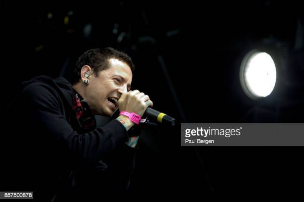 Chester Bennington lead singer of rock band Linkin Park performs at Pinkpop festival Landgraaf Netherlands 2852007