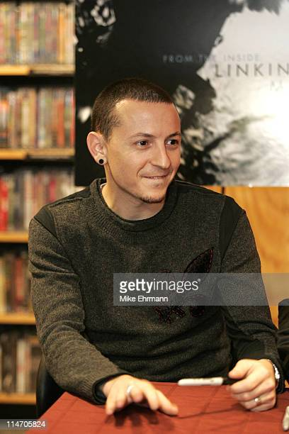 Chester Bennington of Linkin Park during a book signing at Borders book store in downtown Manhattan on December 14 2004