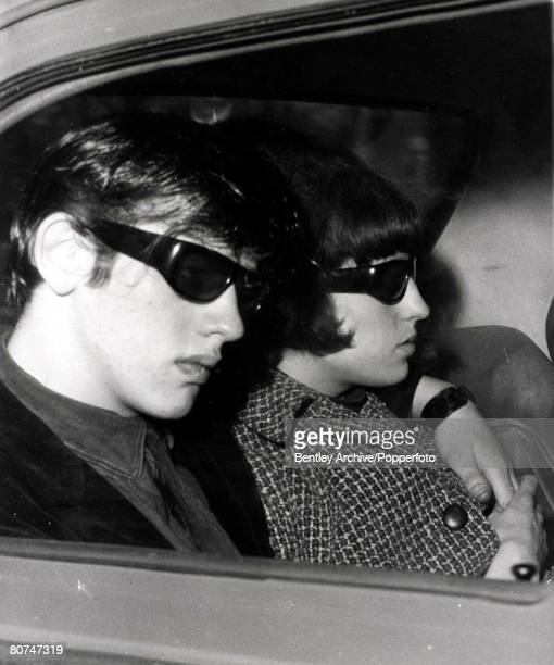 Chester England 22nd April 1966 David Smith brother inlaw of Myra Hindley arrives by car at Chester court with his wife Maureen to give evidence in...
