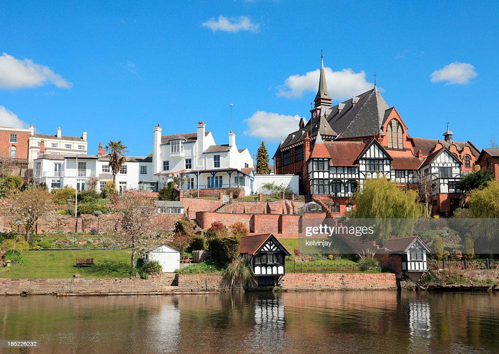 Chester homes by River Dee