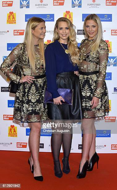 Cheyenne Pahde LaraIsabelle Rentinck and Valentina Pahde attend the 'Helden des Alltags' Gala at Theater Kehrwieder on October 5 2016 in Hamburg...