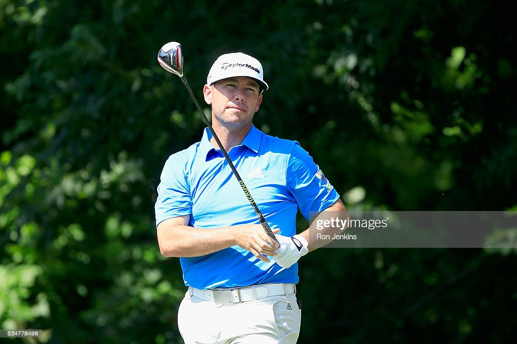 Chez Reavie reacts to his shot from the sixth tee during the Second Round of the DEAN & DELUCA Invitational at Colonial Country Club on May 27, 2016 in Fort Worth, Texas.