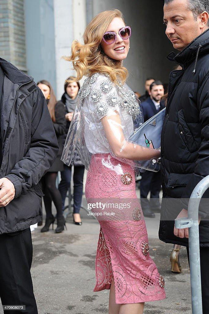 Chiara Ferragni arrives at Emporio Armani Fashion Show during Milan Fashion Week Womenswear Autumn/Winter 2014 on February 21, 2014 in Milan, Italy.