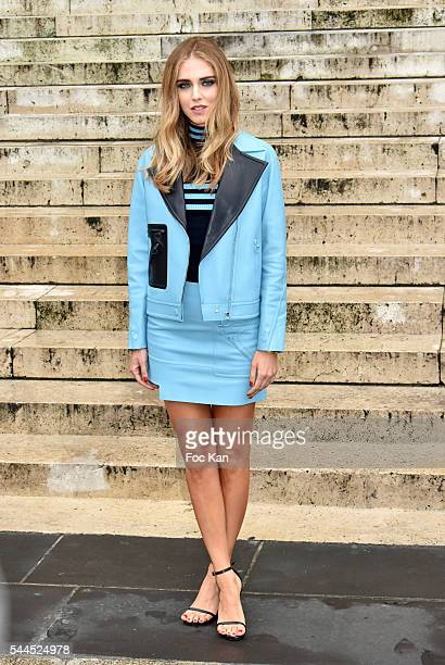 Chiara Ferragni attends the Atelier Versace Haute Couture Fall/Winter 20162017 show as part of Paris Fashion Week on July 3 2016 in Paris France