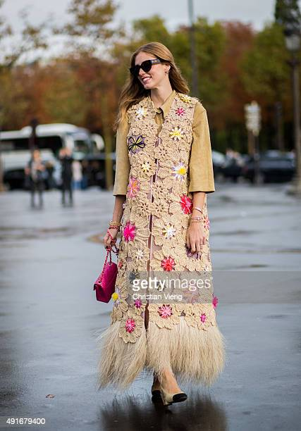Chiara Ferragni before Chanel wearing Chanel dress shoes and bag and Delpozo vest during the Paris Fashion Week Womenswear Spring/Summer 2016 on...