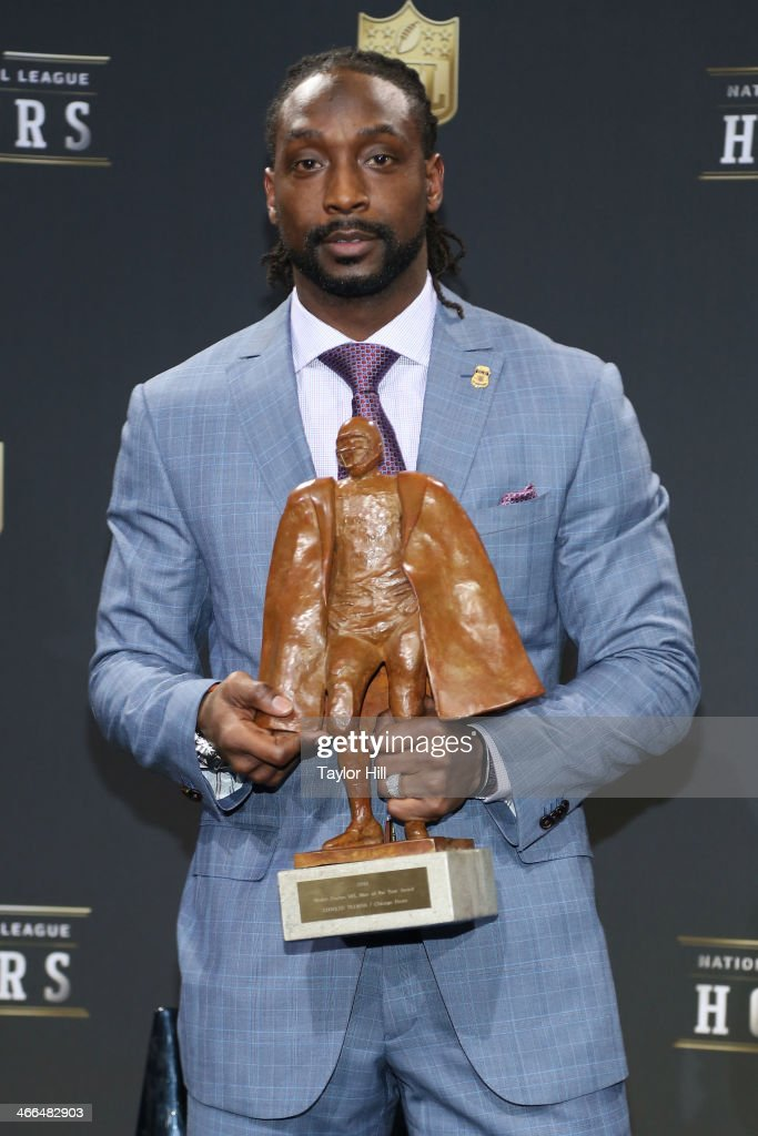 Chicago Bears cornerback <a gi-track='captionPersonalityLinkClicked' href=/galleries/search?phrase=Charles+Tillman&family=editorial&specificpeople=217609 ng-click='$event.stopPropagation()'>Charles Tillman</a> wins the Walter Payton NFL Man of the Year at the 3rd Annual NFL Honors at Radio City Music Hall on February 1, 2014 in New York City.