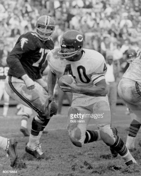 Gale Sayers Stock Photos And Pictures Getty Images