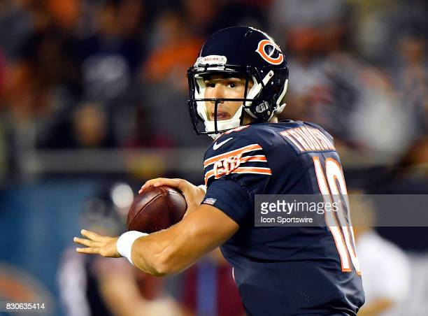 Chicago Bears quarterback Mitchell Trubisky looks down the field to pass during the preseason game between the Denver Broncos and the Chicago Bears...