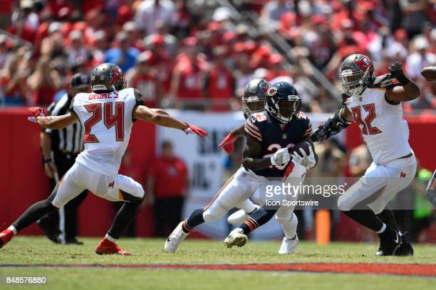 Chicago Bears running back Tarik Cohen runs after a catch during an NFL football game between the Chicago Bears and the Tampa Bay Buccaneers on...