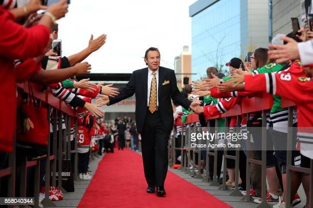 Chicago Blackhawks Hall of Famer Tony Esposito walks the red carpet prior to the game against the Pittsburgh Penguins at the United Center on October...