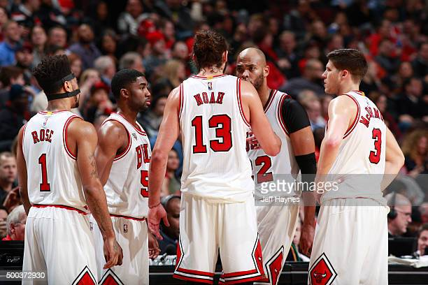 Chicago Bulls bulls huddle during the game against the Phoenix Suns on December 7 2015 at United Center in Chicago Illinois NOTE TO USER User...