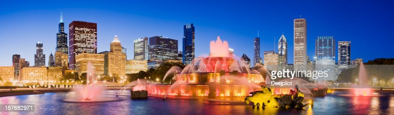 Chicago City Skyline and Buckingham Fountain in the USA