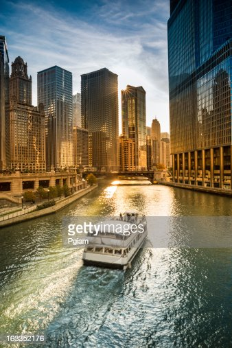 Chicago cityscape and river