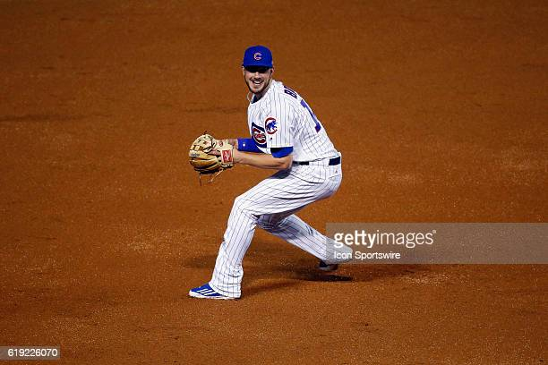Chicago Cubs third baseman Kris Bryant gets ready to throw the ball to Chicago Cubs first baseman Anthony Rizzo during the 2nd inning during the 2016...