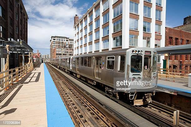 Chicago El Train
