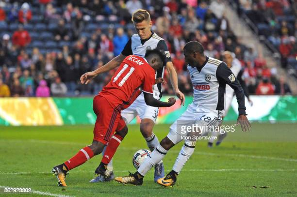 Chicago Fire forward David Accam controls the ball through the defense during a game between the Philadelphia Union and the Chicago Fire on October...