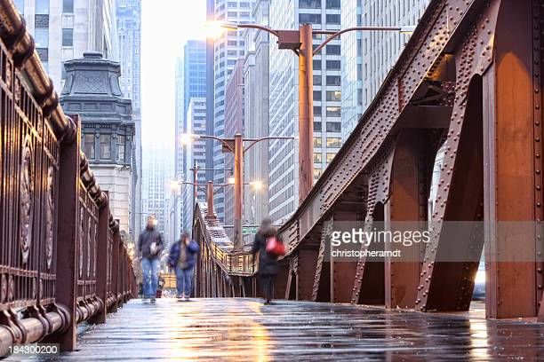 シカゴ LaSalle Street Bridge の歩道