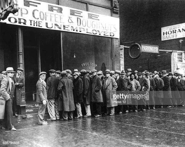 Chicago Overall view of the 'soup kitchen' sponsored by the gangster Al Capone which cost him 400 dollars a day 19291930 United States National...