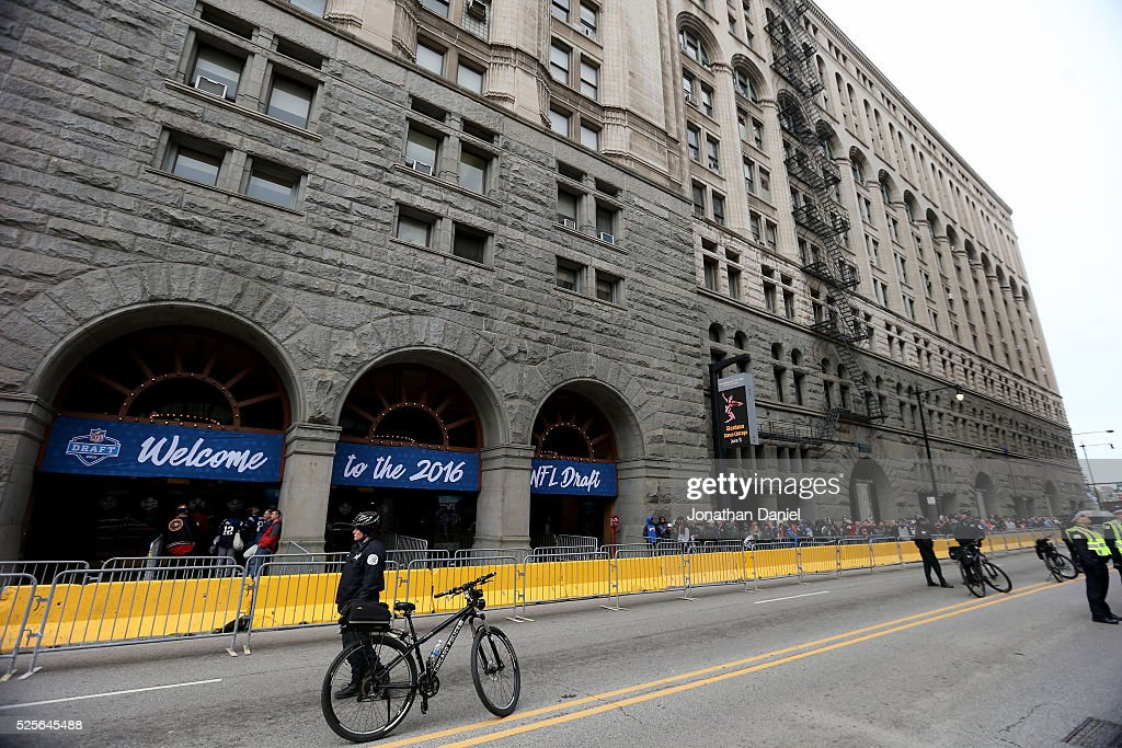 Chicago Police officers stand outside of the theatre prior to the 2016 NFL Draft at the Auditorium Theatre of Roosevelt University on April 28, 2016 in Chicago, Illinois.