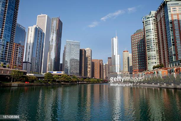 Chicago River and Syscrapers