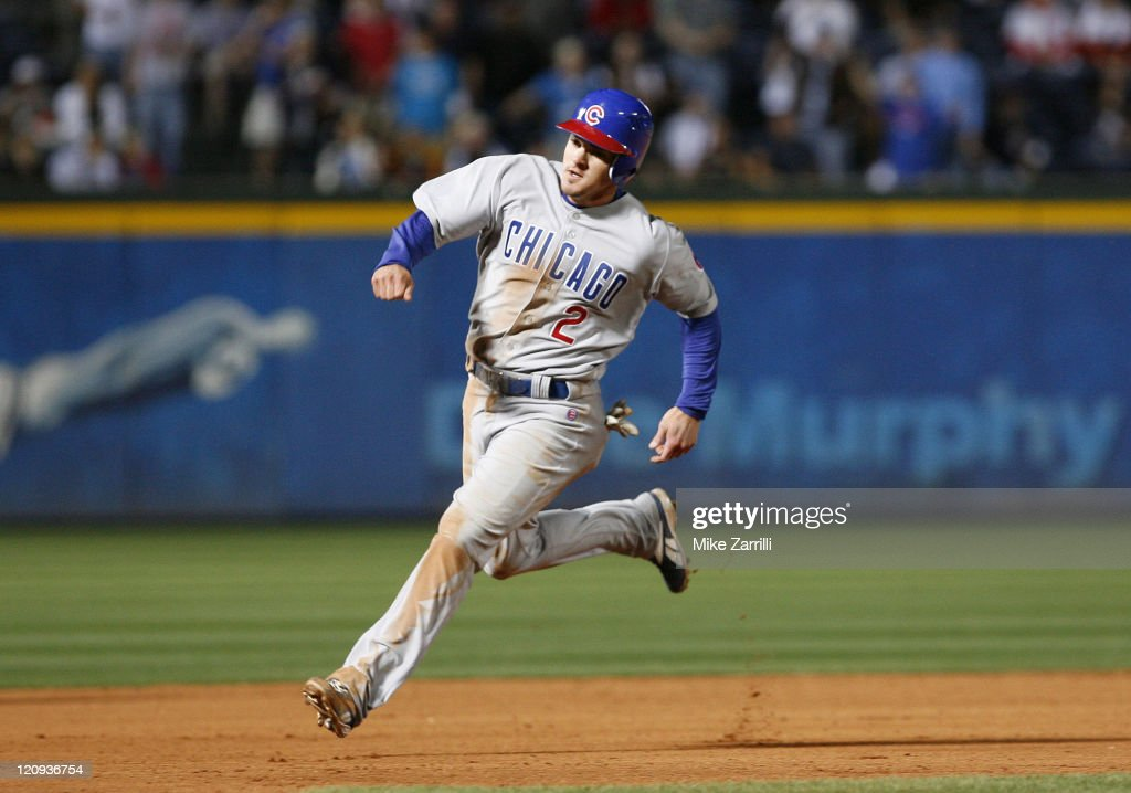 Chicago second baseman Ryan Theriot rounds second base during the game between the Atlanta Braves and the Chicago Cubs at Turner Field in Atlanta, Georgia on April 19, 2007.
