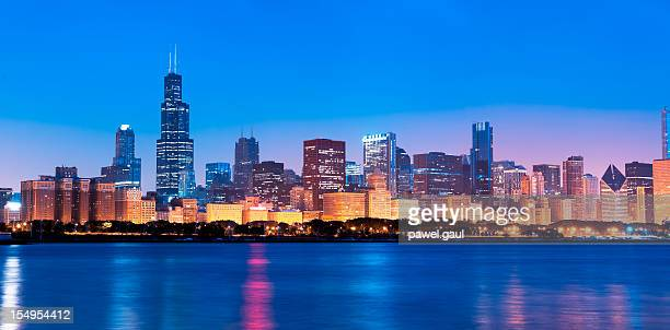 Chicago skyline by nigh