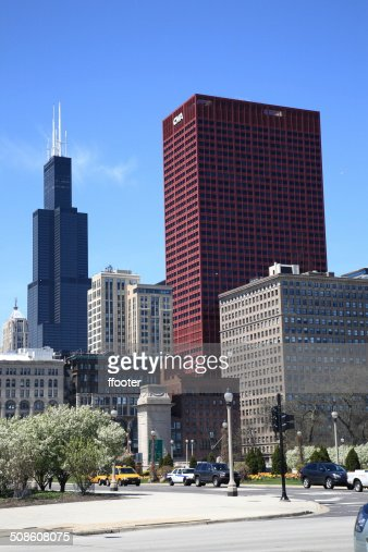 Chicago Street Corner and Skyline : Stock Photo