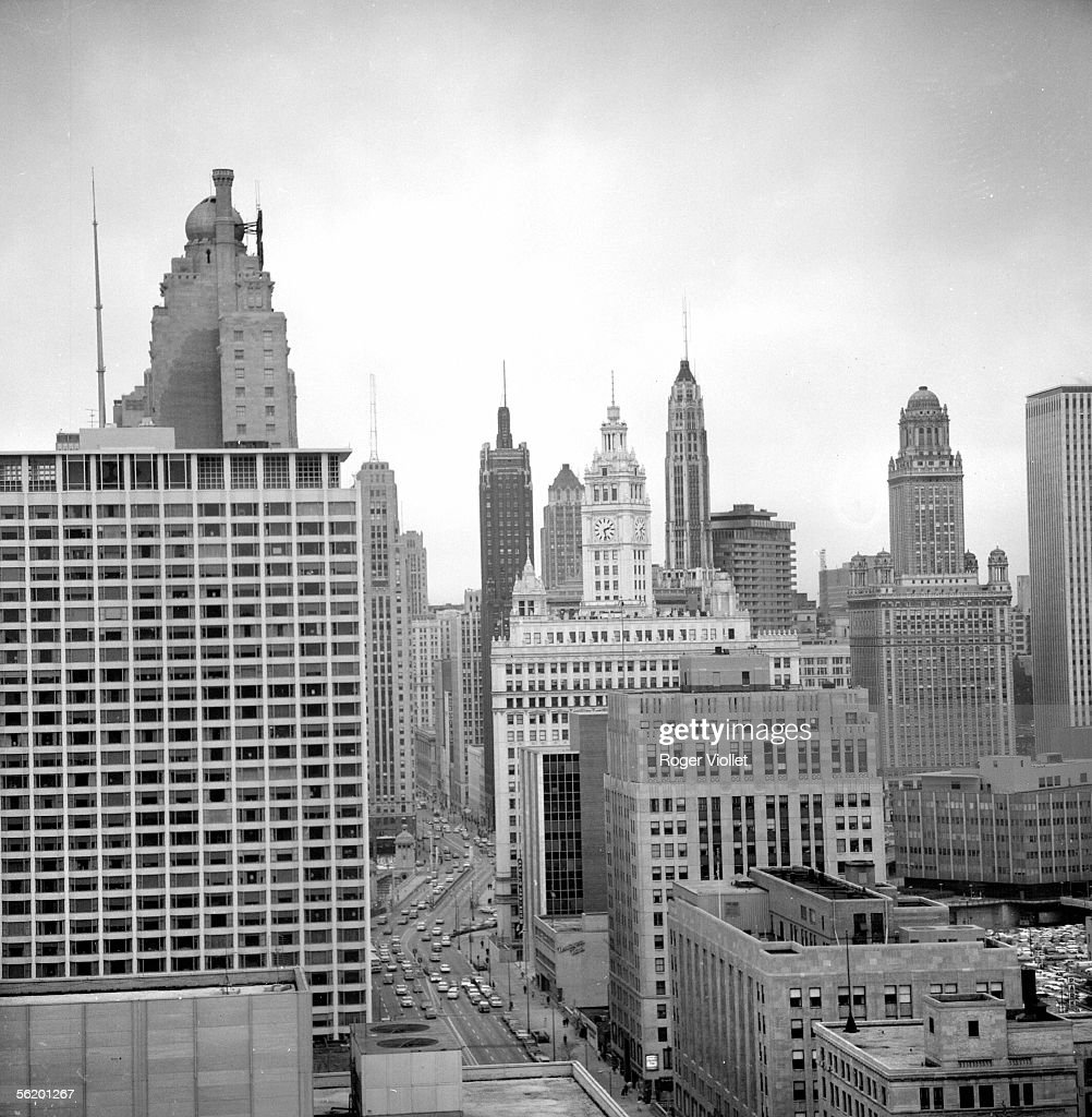 Chicago (Illinois, United States). The city seen of the Allenton hotel. April 1964.