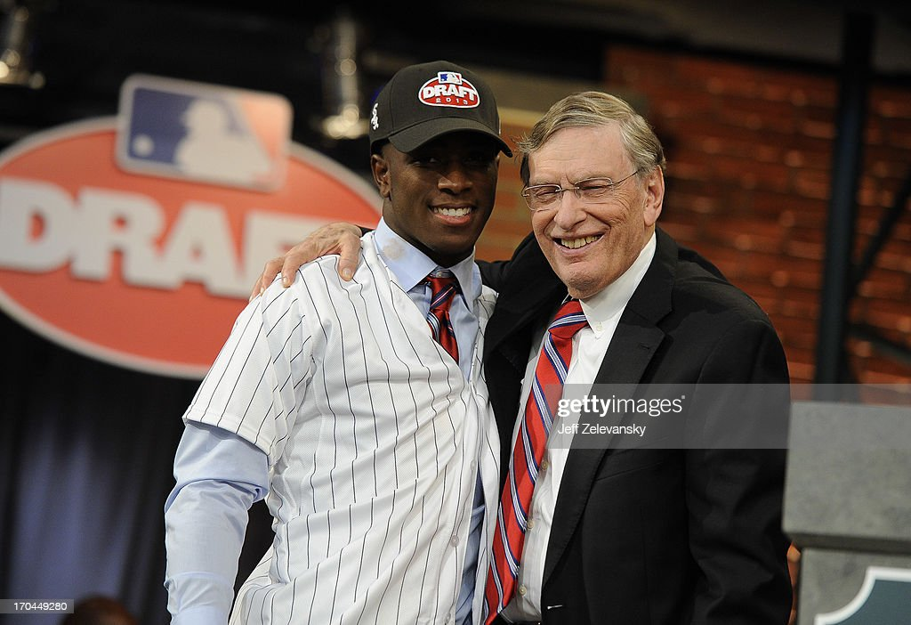 Chicago White Sox draftee Tim Anderson (L) poses for a photo with Major League Baseball Commissioner <a gi-track='captionPersonalityLinkClicked' href=/galleries/search?phrase=Bud+Selig&family=editorial&specificpeople=211472 ng-click='$event.stopPropagation()'>Bud Selig</a> at the 2013 MLB First-Year Player Draft at the MLB Network on June 6, 2013 in Secaucus, New Jersey.