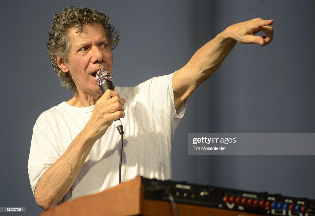 <a gi-track='captionPersonalityLinkClicked' href=/galleries/search?phrase=Chick+Corea&family=editorial&specificpeople=1657212 ng-click='$event.stopPropagation()'>Chick Corea</a> performs during Day 7 of the 2014 New Orleans Jazz & Heritage Festival at Fair Grounds Race Course on May 4, 2014 in New Orleans, Louisiana.