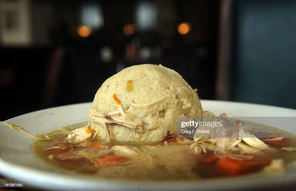 DINING_CFW_122707' Chicken Matzo Ball soup at Zaidy's Deli of Cherry Creek121 Adams St Denver CO
