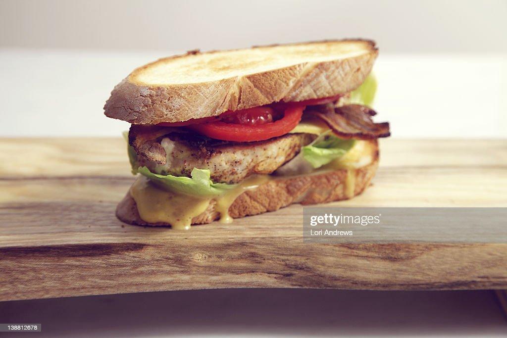 Chicken sandwich with tomato