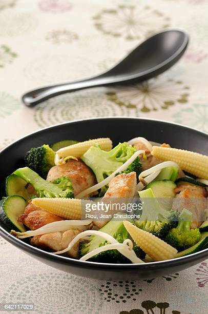 Chicken saut with vegetables