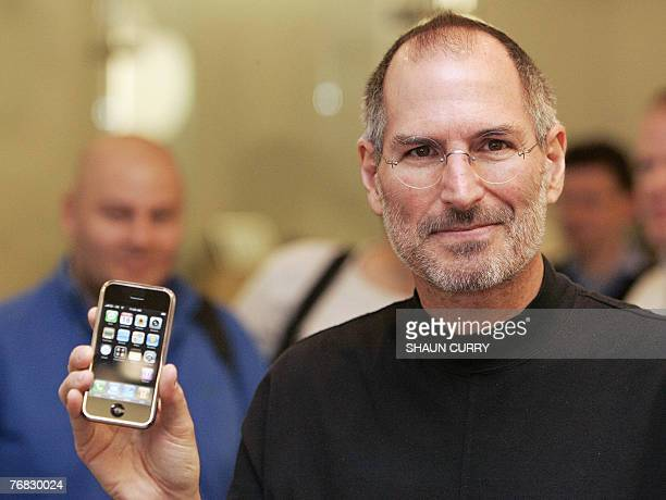 Chief Executive Officer of Apple Steve Jobs attends a press conference in central London 18 September 2007 Apple announced here Tuesday that Britain...