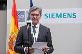 Chief executive officer of Siemens AG Joe Kaeser visits Siemens Spain Offices on April 27 2015 in Madrid Spain