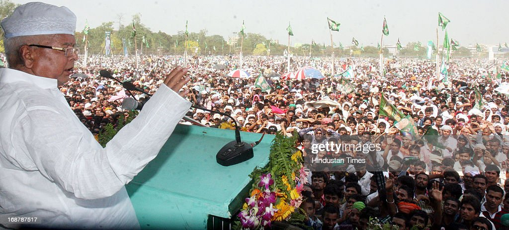 RJD Chief Lalu Prasad Yadav addressing Parivartan Rally at Gandhi Maidan on May 15, 2013 in Patna, India. Addressing his first major rally in Bihar in a decade, 65 year old RJD supremo called Chief Minister Nitish Kumar a dictator.