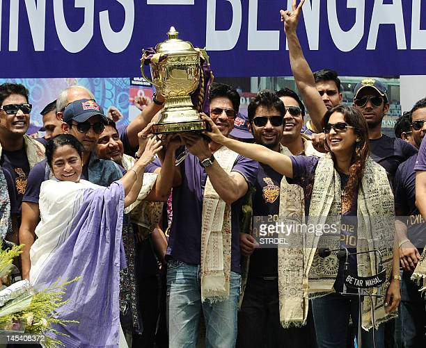 Chief Minister of West Bengal Mamata Banerjee along with Shah Rukh Khan owner of IPL cricket team Kolkata Knight Riders captain of Kolkata Knight...