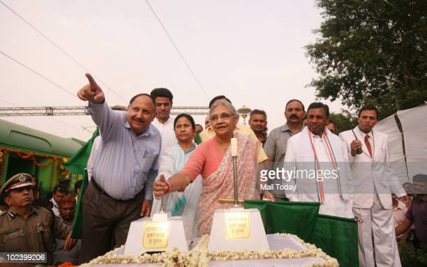 Chief Minister Sheila Dikshit along with Railways Minster Mamata Banerjee and MoS for IT and Communications Sachin Pilot give the red signal to...