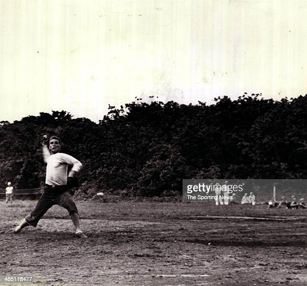Chief Naval Petty Officer Bob Feller throws a pitch as he plays in a baseball game with fellow Navy serviceman circa 1944 Now Chief specialist in the...